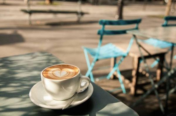 Un café chez KB CAFÉ SHOP